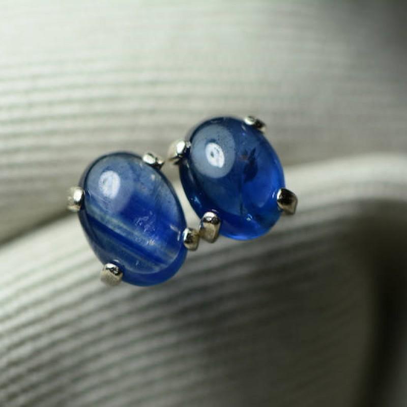 sapphire earrings blue sapphire cabochon stud earrings 2. Black Bedroom Furniture Sets. Home Design Ideas